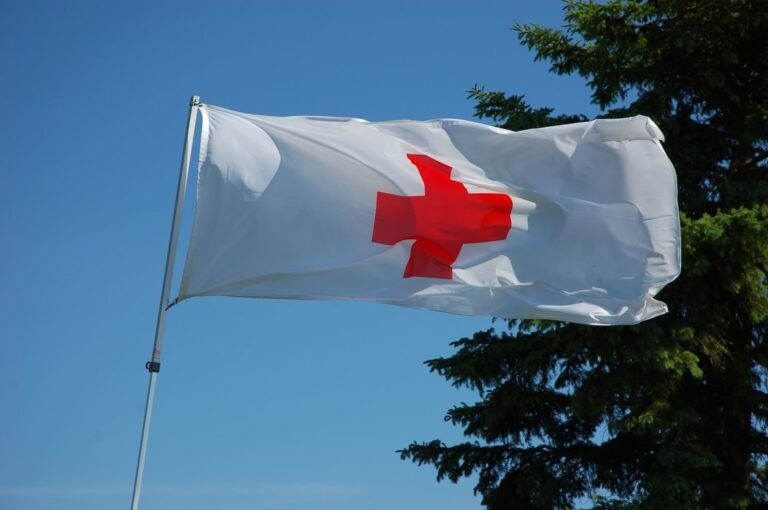 red cross unsplash